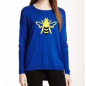 Vertical design bee sweater